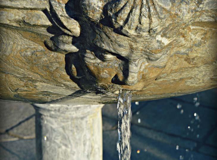 Fuente de agua antigua