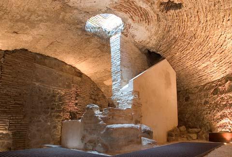 Pozo medieval del Salvador